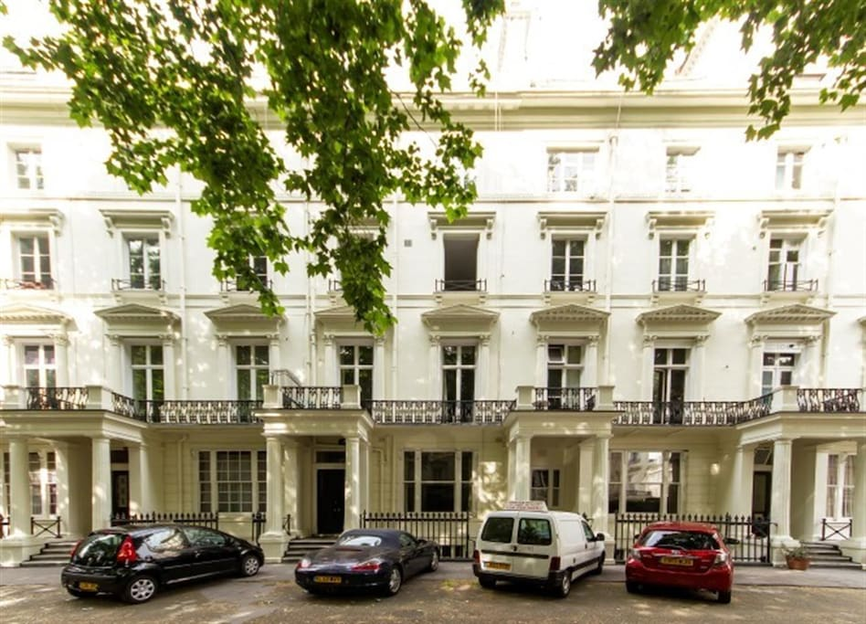 The property is located on the raised ground floor of a beautiful Victorian stucco-fronted terrace.