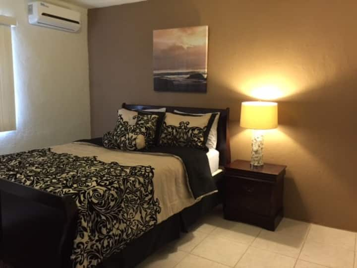 Great Price!! 2bedrooms!