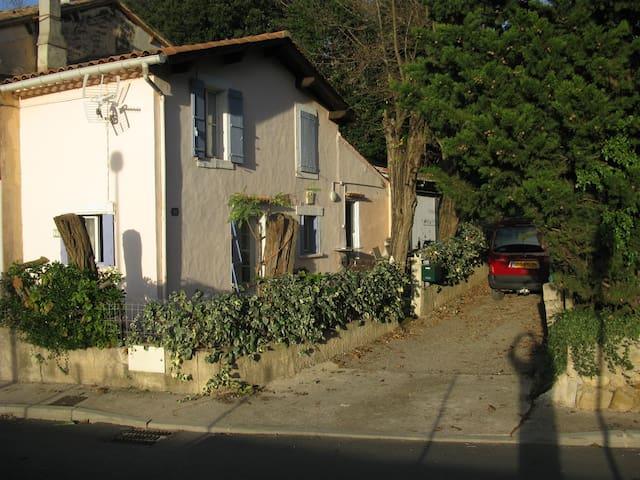 POUR CURISTES MAISON A LOUER - Lamalou-les-Bains - House