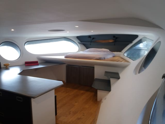 Wonderful room on the boat