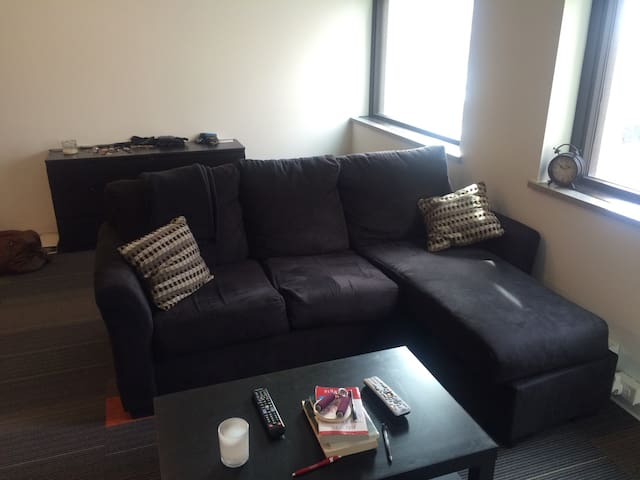Lofty Living Downtown - Des Moines - Huoneisto
