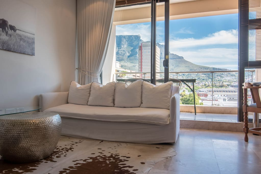 Room with a incredible view.  Table mountain.