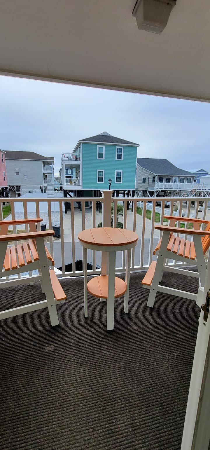 Garden Sands 2bd/1ba located near the pier