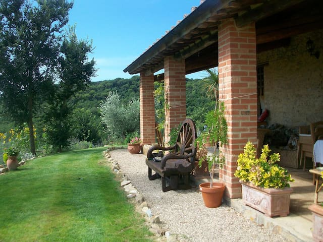 Whole umbrian villa with panoramic views - Cibottola - Villa