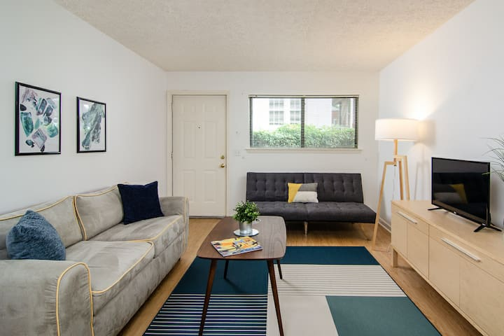 ☆ Music Row/Midtown Apartment - Feel Local ☆