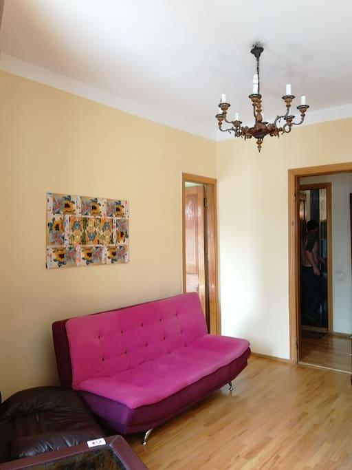 Sofa - Диван в общей комнате
