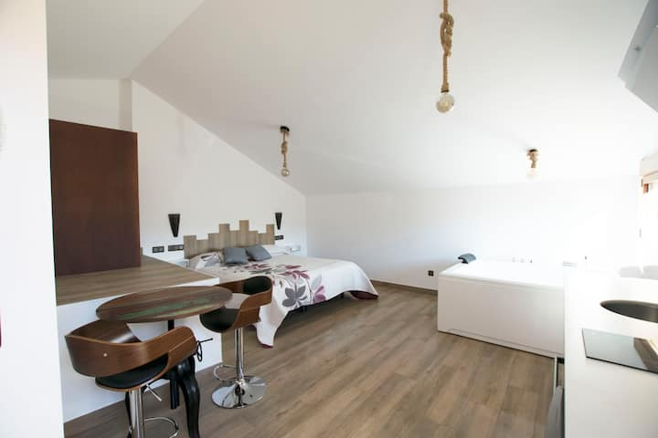 Apartamento Atico con Jacuzzi