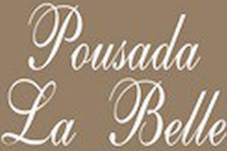 Pousada La Belle (Rodoviária Itaguai)