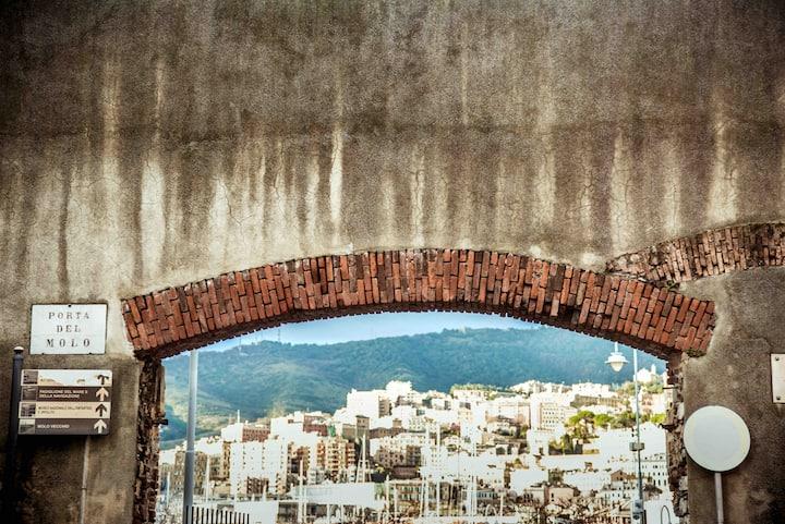 La Finestra sul cielo del porto antico di Genova
