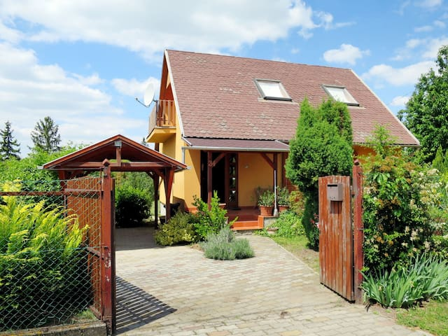 Holiday home in Velence - E.232