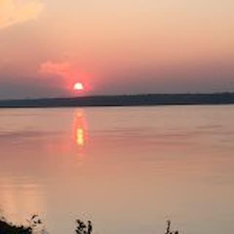 Magnifique vue sur le fleuve st-laurent - Lanoraie - House