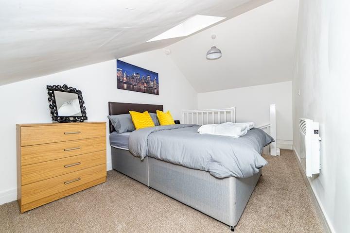 1 bed duplex - heart of Bradford city centre