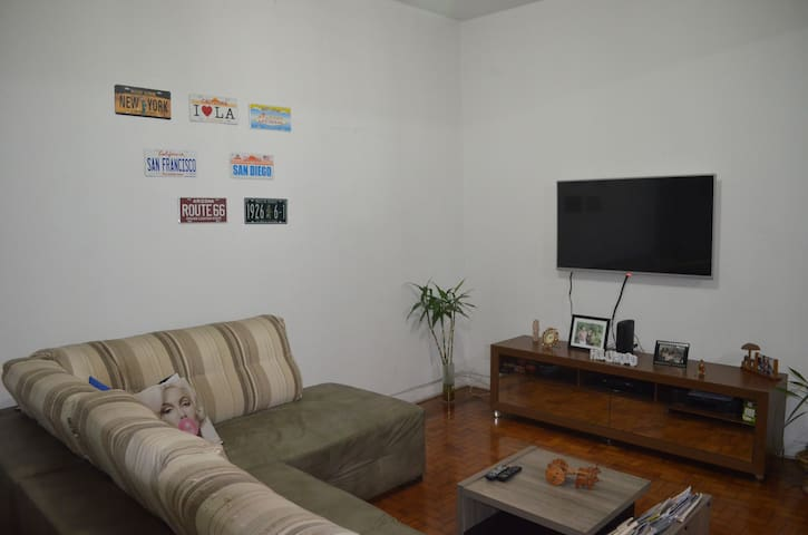 Room at Jardins, 4 blocks from Av Paulista