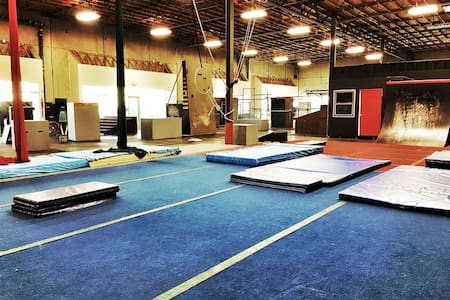 Huge Parkour Gym - Rocklin