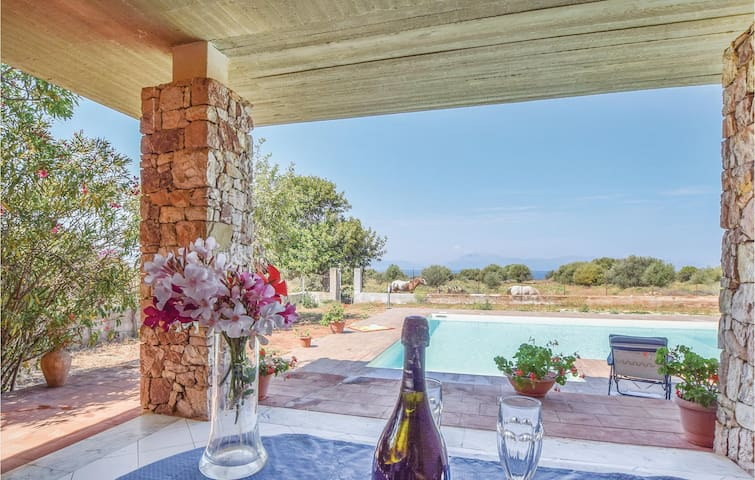 Stunning home in Terrasini PA with 4 Bedrooms