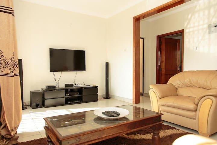 Entire Apartment - Stylish, modern & elegant.