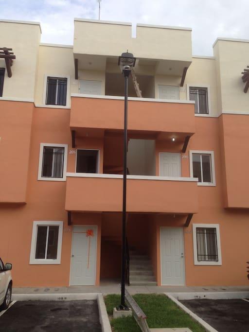 Edificio segundo nivel