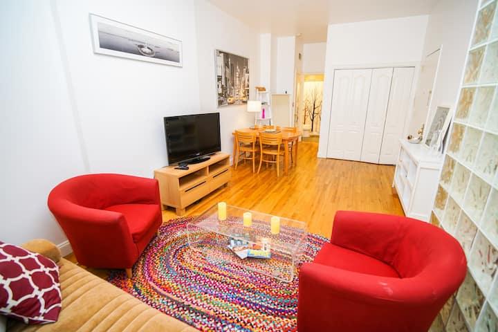 Quaint 1 Bedroom Apartment - Great Location!