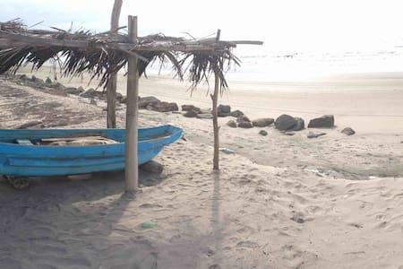 Beach house in Las Gilces, Manabí - Talo