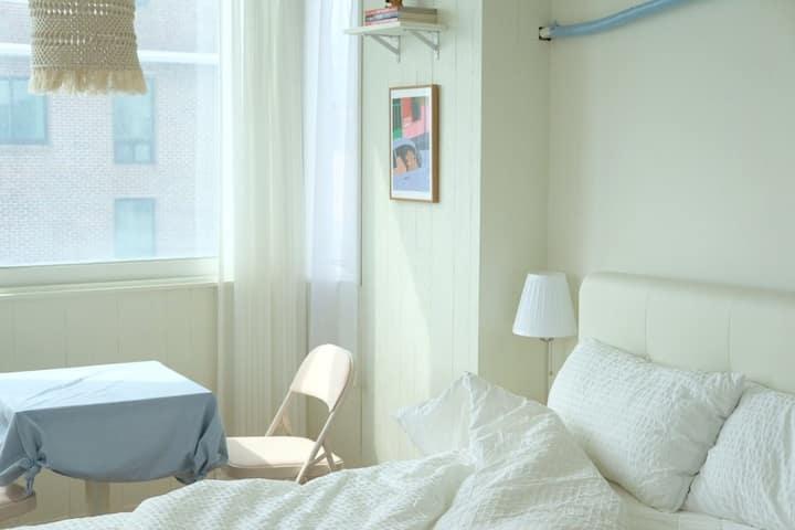 파슬리하우스(305호)합리적인 가격의 따뜻하고 귀여운 숙소