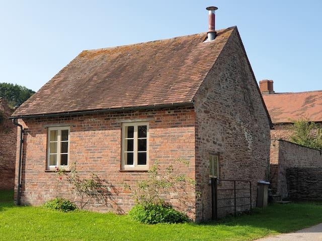 The Lamb Shed - small barn on remote organic farm