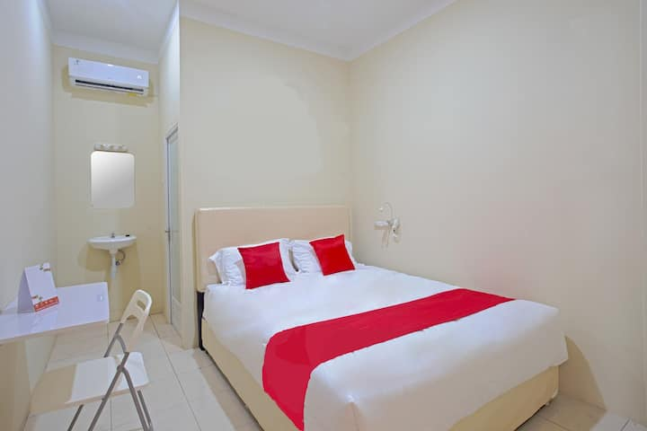 Standart Double Room at INNJOY GUESTHOUSE SEMARANG