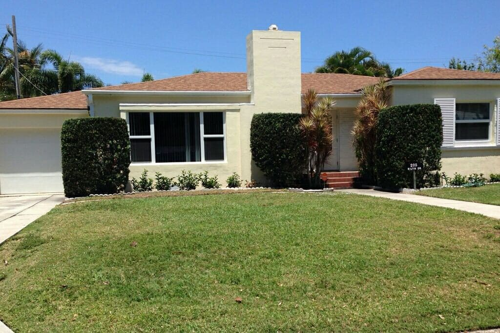 Rilyn Retreat with garage and off street parking.