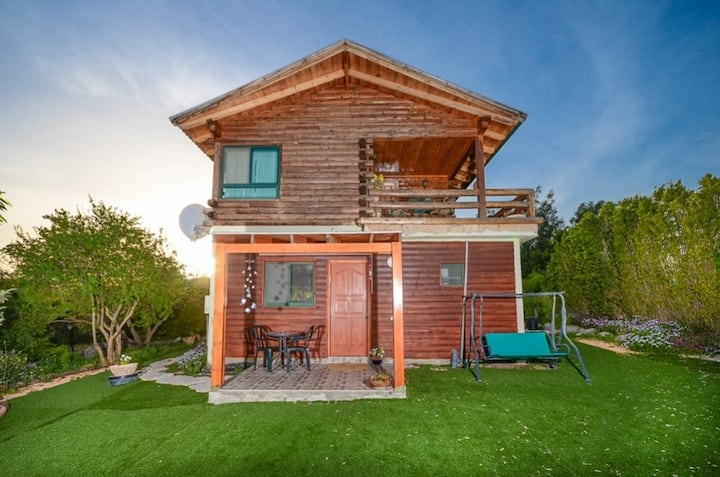Romance in the cabin Turkiz רומנטיקה בבקתה: טורקיז