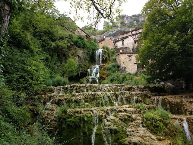 Casa con encanto en Orbaneja del Castillo