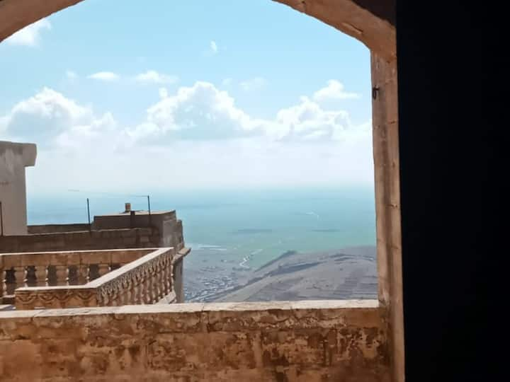 Mezopotamya Suit - Maristan Tarihi Konak