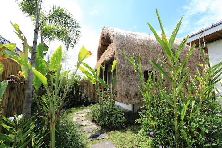 Eco friendly hut, ALANG ALANG