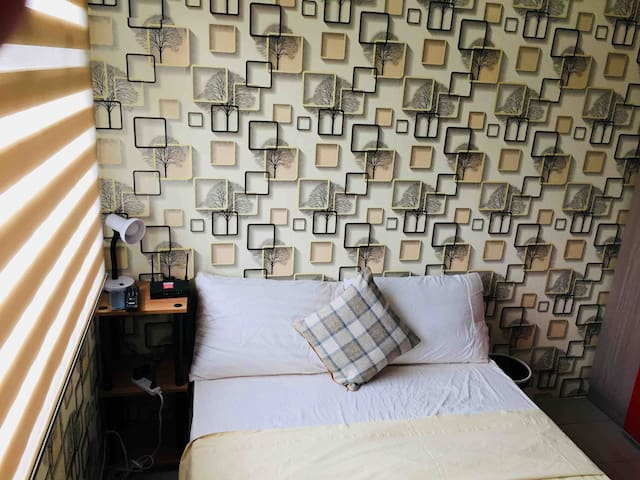 Condo unit w/wifi & Netflix for rent @Edsa Shaw