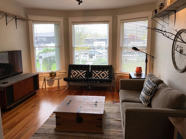 5 star location in historic downtown home