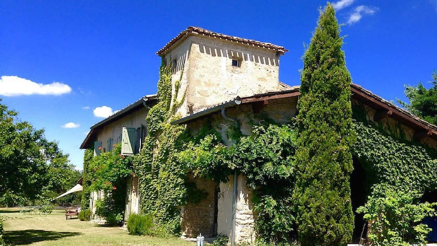 Hilltop French Farmhouse, Mirepoix, 09500 - Mirepoix - Rumah