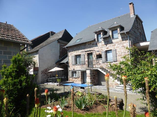 Belle maison restaurée meublé de tourisme ****