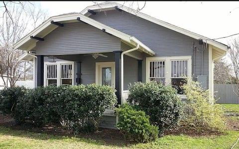 1930's Vintage Home