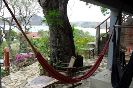 Cabañas Lobolira: Views & 200m to SJ Bay & Centre! - San Juan del Sur - Lejlighed