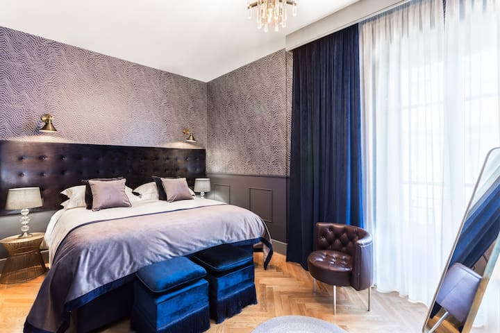 Room 6 Adult only Boutique hotel with Pool & Gym