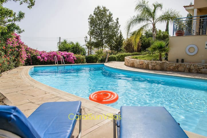 HEATED PRIVATE POOL in a Great Villa.See our OFFER