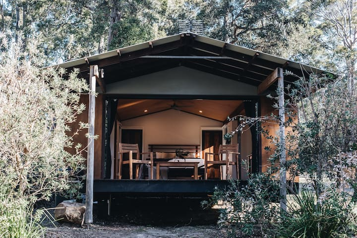 Wilderness Hut Studio - By Worrowing Jervis Bay