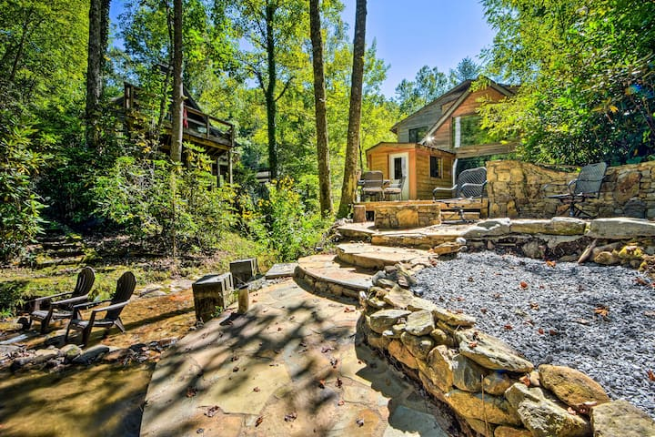 NEW! Serene Home on Waterfall, 6 Mi to DT Franklin