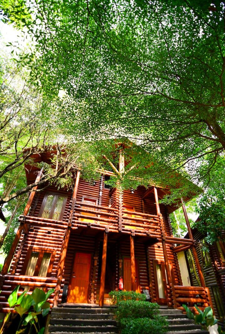Serene Nature Villa @ Philea