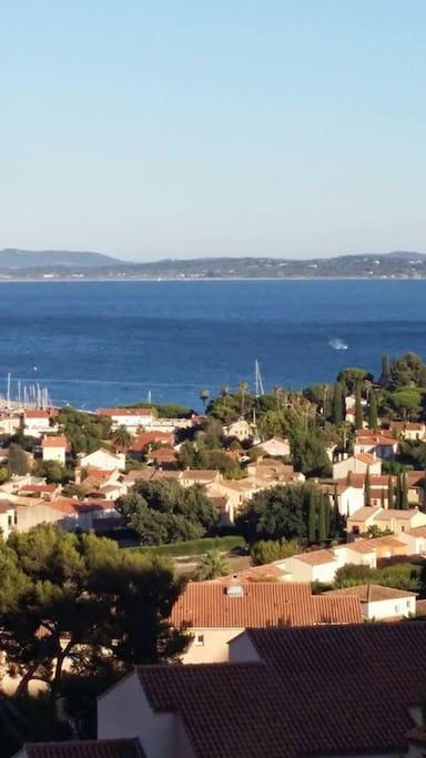 quartier des terrasses de la mer et vue sur Gien et la Capte