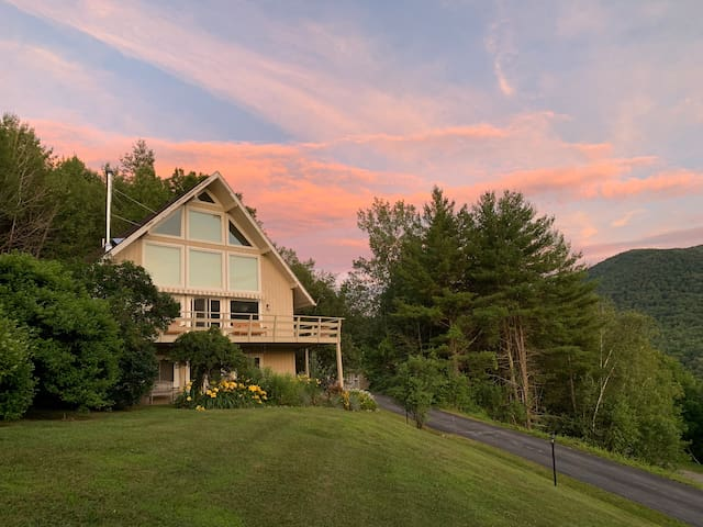 Sun Drenched Chalet with Battenkill Valley Views