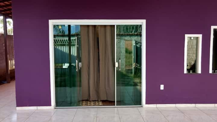 Casa linda  com Varanda - Condomínio Águas Claras