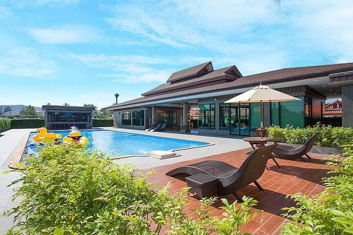 THTHHPAT429 - 4 Bedroom Villa in Resort com. facil - Muang Pattaya - Villa
