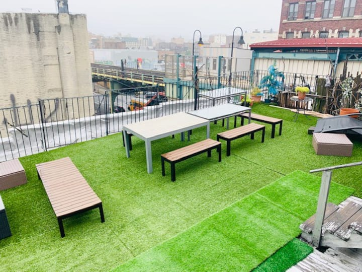 Penthouse Loft + Terrace!