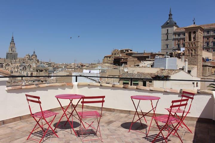 * La casa Toledana * - Patio y Terraza con vistas