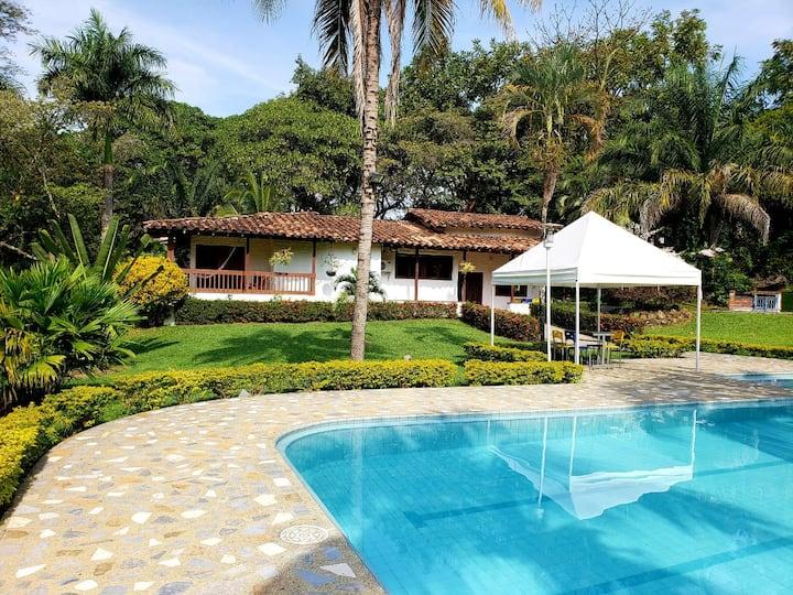 Finca / Villa / Casa de campo en San Jeronimo
