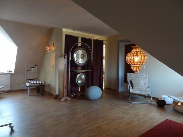 Klang- und Meditationsraum / Lounge